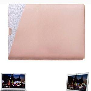 Handbags - Sleek laptop case